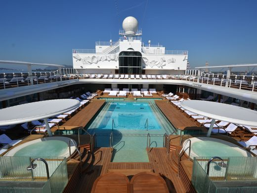 Regents Seven Seas Explorer May Be The Most Opulent Cruise Ship - How much do cruise ships cost to build